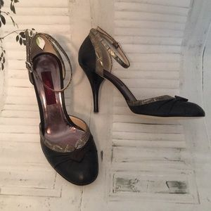 Kenzo Brown Leather ankle strap heels shoes 8.5/8